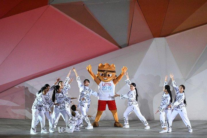 Milco, la mascota de estos Panamericanos, durante la ceremonia de apertura. Foto Maxi Failla