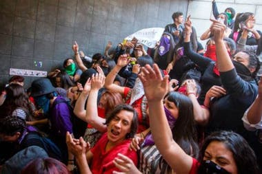 Los estudiantes, por lo general, lideran este tipo de manifestacionesCrédito: Getty Images