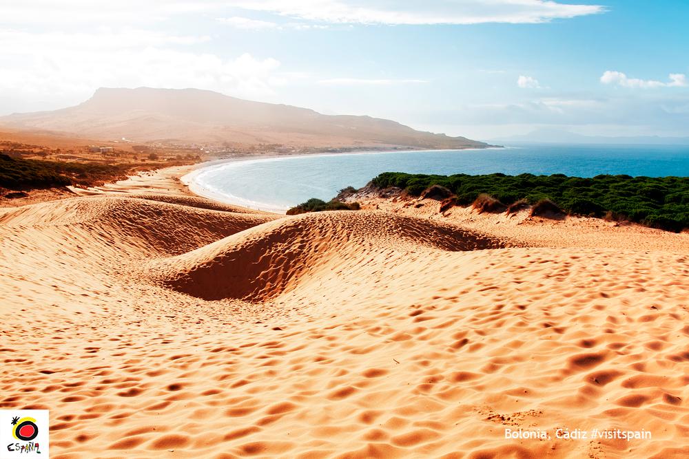 La belleza de playas solitarias de la provincia de Cádiz  España