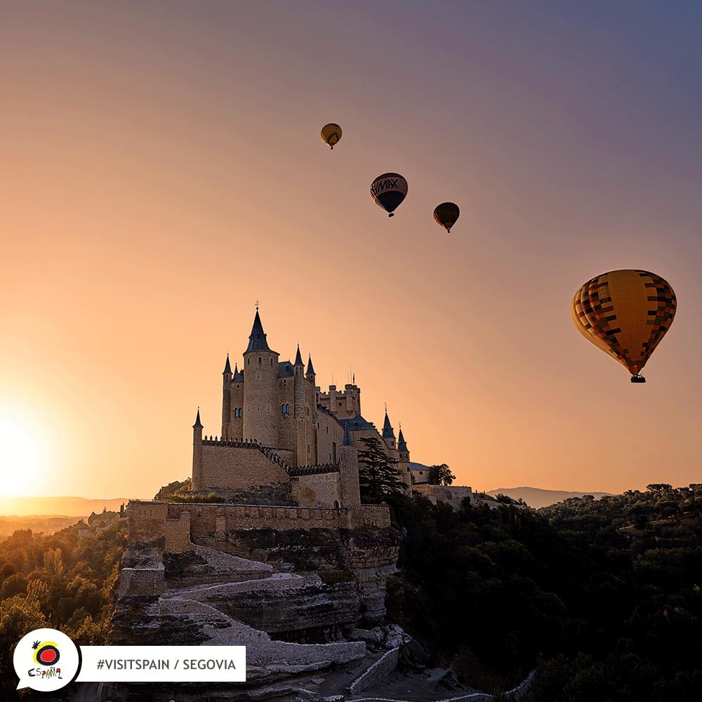 Volar en globo aerostático en Segovia- España
