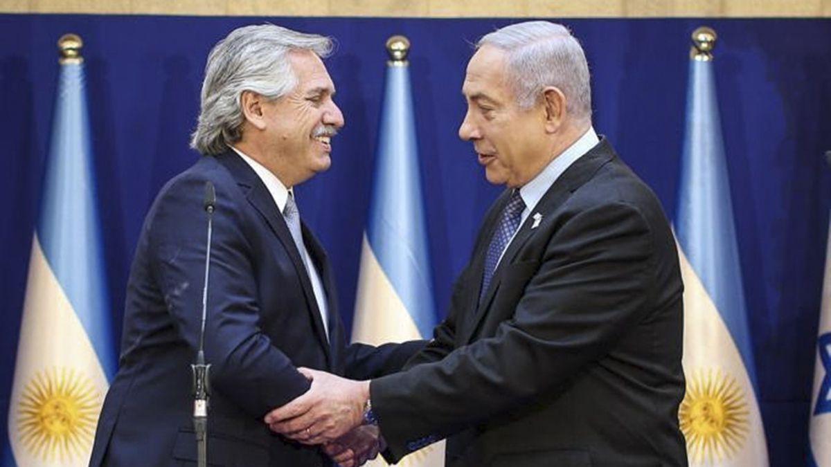 """El presidente argentino, Alberto Fernández, habló este lunes con el primer ministro de Israel, Benjamín Netanyahu, y ambos hablaron de """"fortalecer las relaciones y vínculos comerciales"""""""
