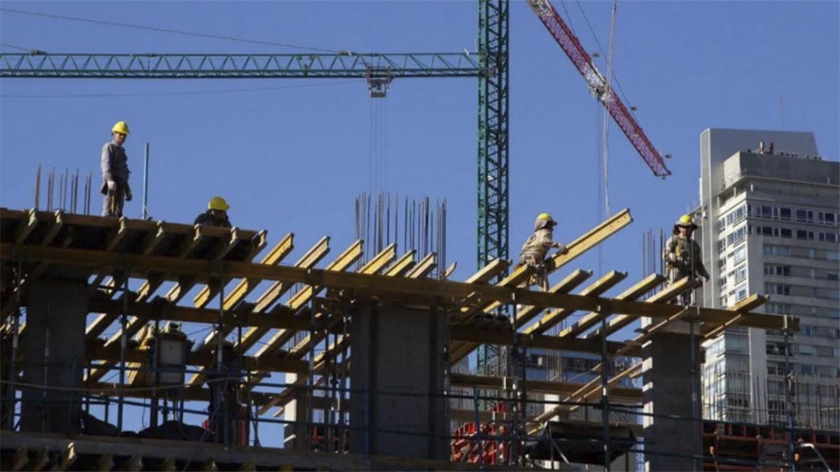 """La construcción es vista como una fuente de empleo y """"paz social""""."""