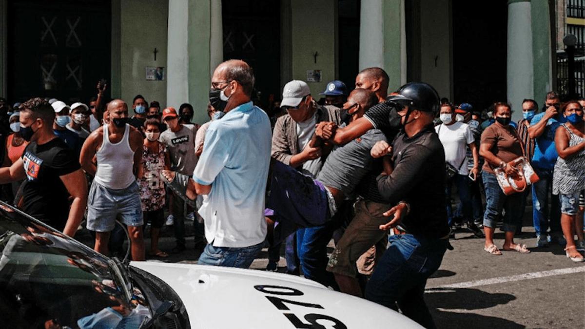 Cuba, la isla revuelta