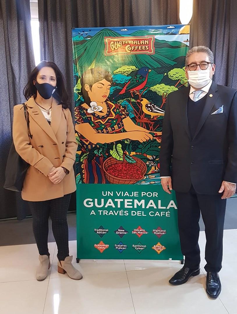 ACERCANDO NACIONES tuvo el privilegio y el placer de ser invitada por el Señor Embajador de Guatemala D.  Rony Abiú Chalí  a una degustación del tan conocido café de Guatemala