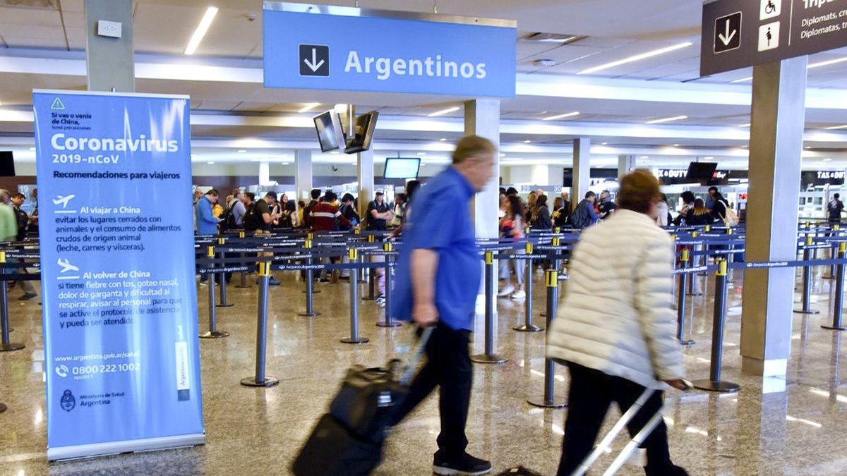 Argentinos, en que países los dejarán vacacionar