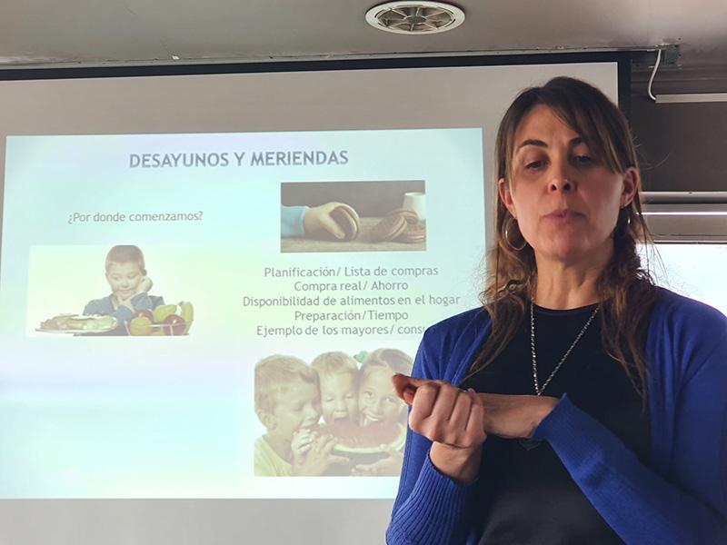 Lic. Marianella Scabar, Nutricionista