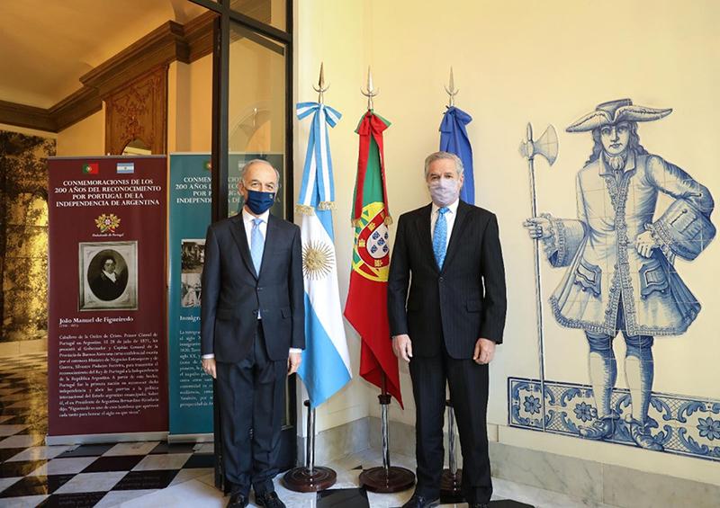 el canciller argentino Felipe Solá, y el Embajador portugués destacado en Buenos Aires, José Ludovice
