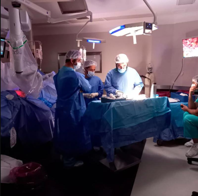 El paciente tenía mucha expectativa por resolver estos dos problemas en una sola operación (Hospital de Clínicas)