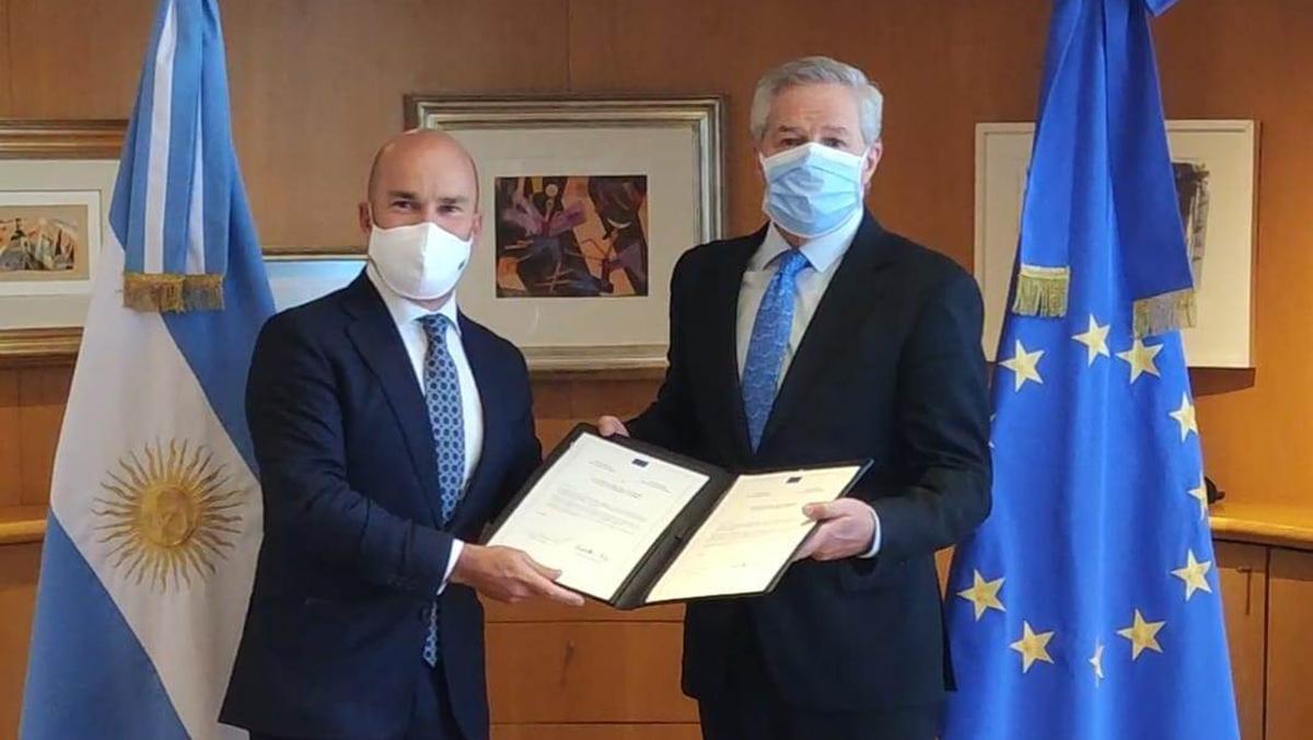 Solá recibió al nuevo embajador de la Unión Europea en la Argentina