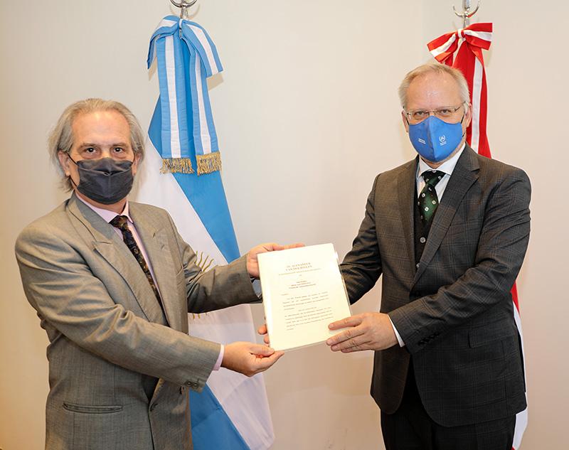 Cancillería recibió las copias de las cartas credenciales del nuevo Embajador de Austria