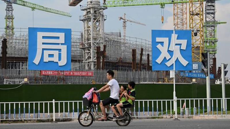 Evergrande está en la actualidad construyendo un estadio para su equipo de fútbol, el Guangzhou FC.
