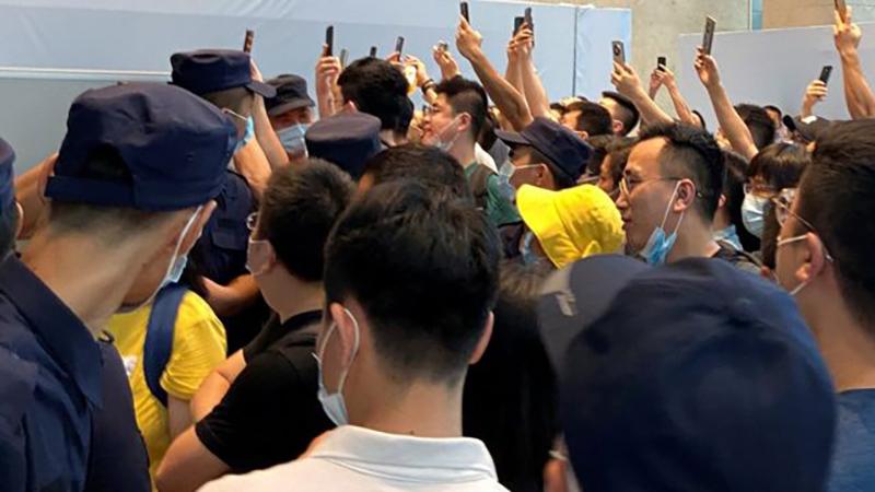Las manifestaciones para exigir reembolsos ocurrieron en ciudades de diversas partes del país.