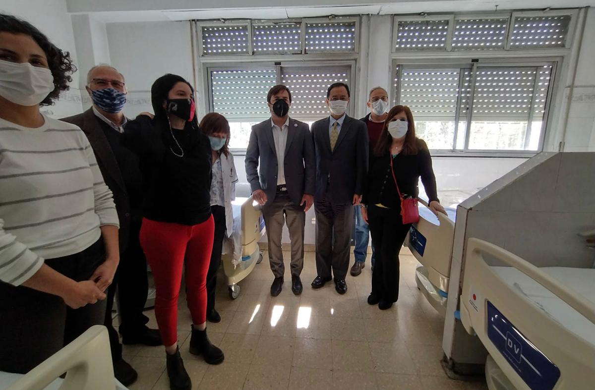 La Embajada del Japón entrega donación de equipamientos médicos a la asociación cooperadora del hospital materno infantil Ana Goitia de Avellaneda