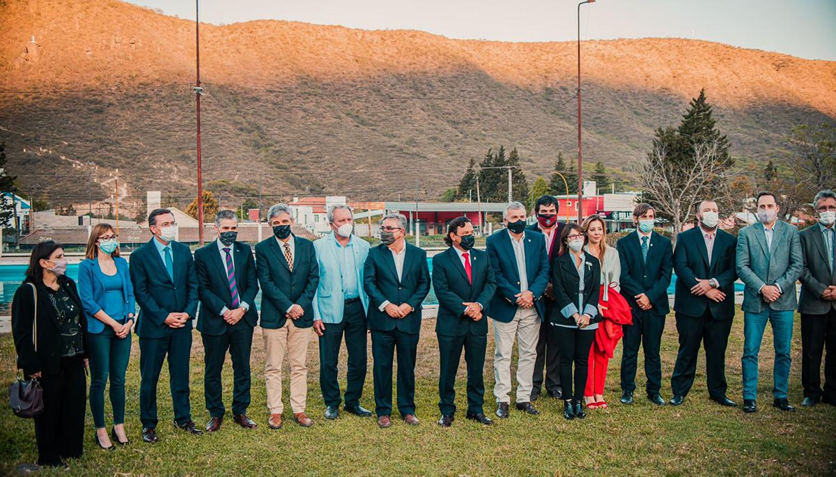 Filmus participó del acto de firma del tratado para la creación de la Región Minera del Litio que integran Catamarca, Salta y Jujuy durante la reunión de la Mesa del Litio-